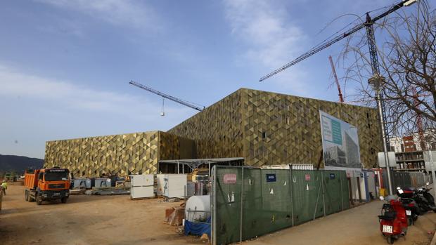 Imagen que presenta el futuro Hospital de Quirón de Córdoba, en construcción desde octubre de 2016