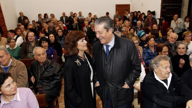 Federico Mayor Zaragoza y Carmen Calvo, en un acto por la titularidad pública de la Mezquita-Catedral de Córdoba