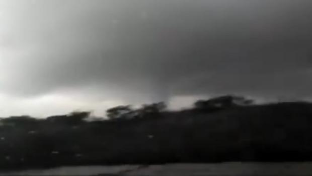 Las redes sociales se han llenado de vídeos que recogen el tornado