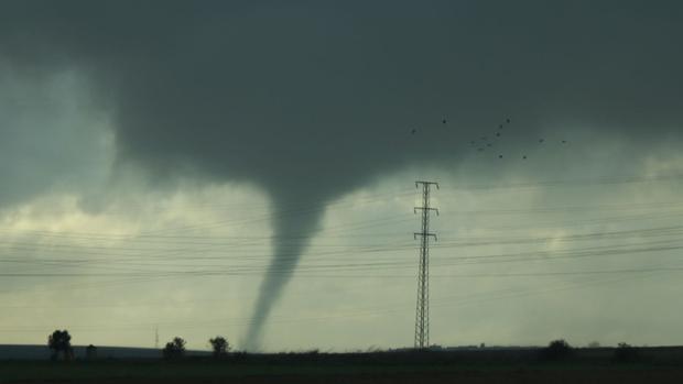 Imagen del tornado que ha pasado por Huelva