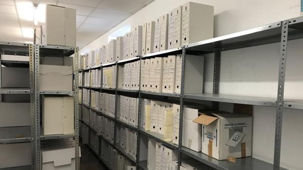 Imagen del interior del depósito de Urbanismo donde se encontraba la documentación «perdida».