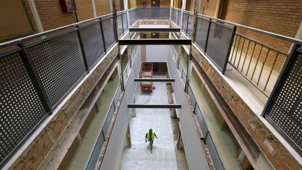 Obras en 2016 realizadas por la Junta en el IES Medina Azahara donde puede desaparecer una unidad