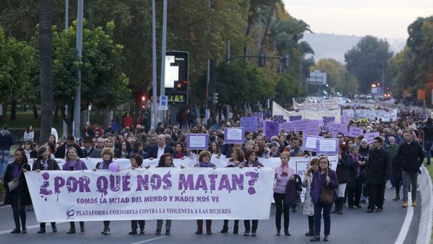 Manifiestación contra la violencia de géneo en Córdoba