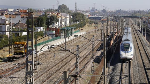 Apeadero del tren de Cercanías de Córdoba en El Higuerón