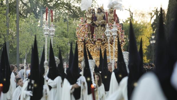 El Señor de la Redención avanza en la Semana Santa de Córdoba 2017