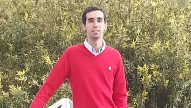 El graduado en Física Juan Román Raya