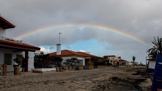 Así quedó La Antilla (Huelva) tras el paso del primer temporal