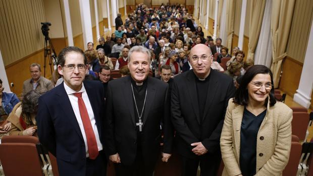 El obispo de Bilbao, Mario Iceta, ayer en Córdoba