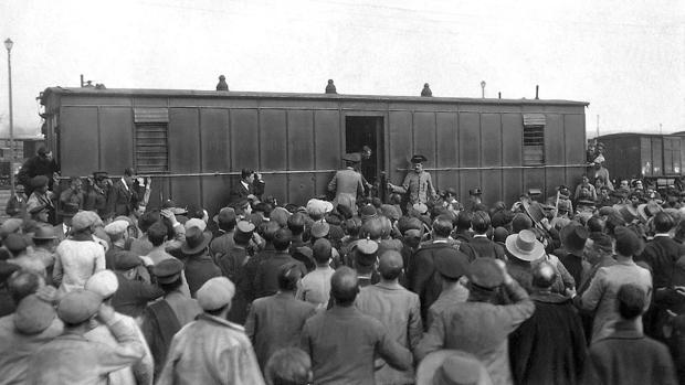 El Expreso a su llegada a Córdoba, donde fue descubierto el crimen
