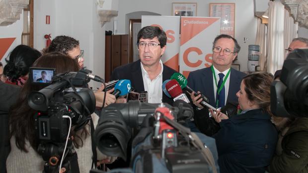 El líder de Ciudadanos, Juan Marín, este martes en el Parlamento de Andalucía