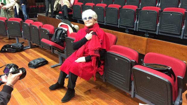 Lola Herrera, en el Teatro Góngora de Córdoba, donde comienza la gira de «Cinco horas con Mario»