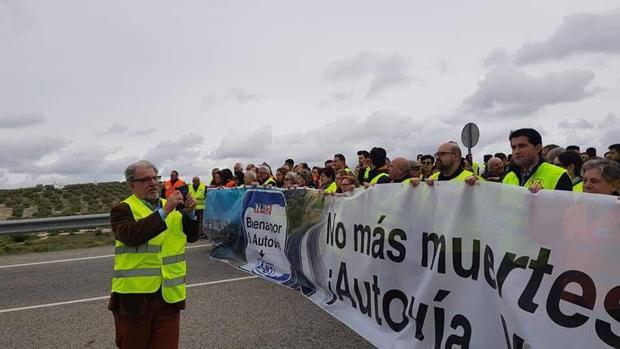Ciudadanos de localidades de Córdoba en la concentración del pasado jueves