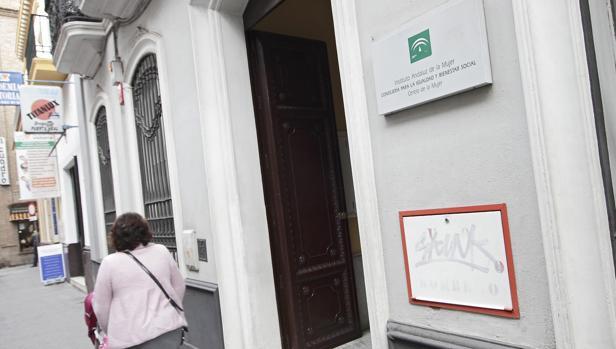Edificio del Instituto Andaluz de la Mujer, en Sevilla