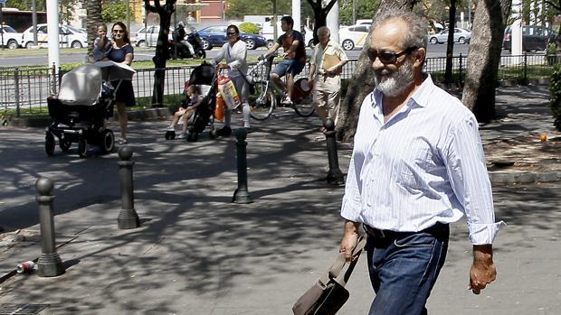 Juan Lanzas a su salida de los juzgados