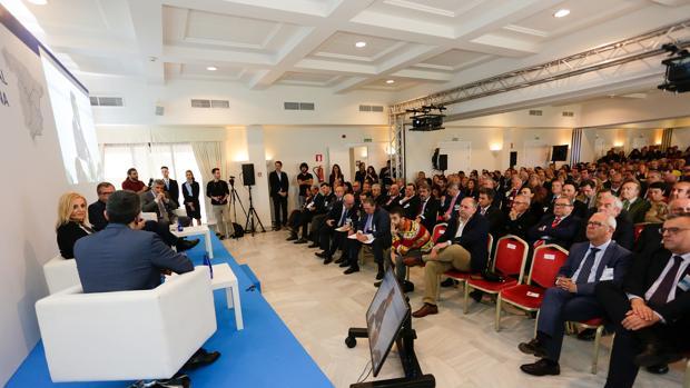 Los empresarios del Campo de Gibraltar en una reunión celebrada en demanda del eje Algeciras-Bobadilla