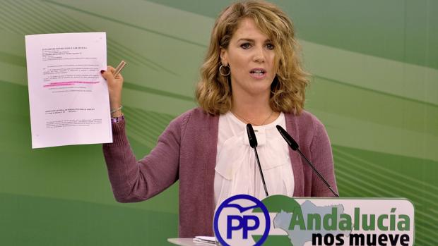 Rueda de prensa de Ana Mestre del PP Andalucía sobre las tarjetas black de la Junta