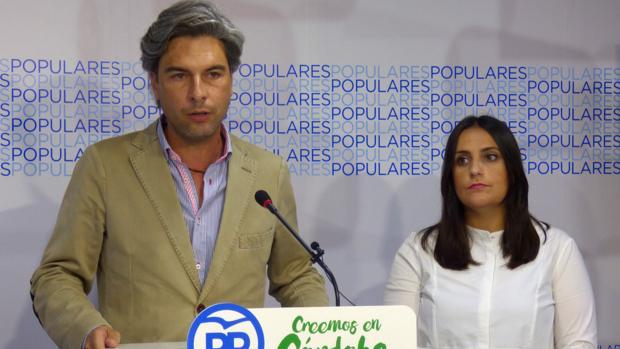 Abdrés Lorite junto a Beatriz Jurado