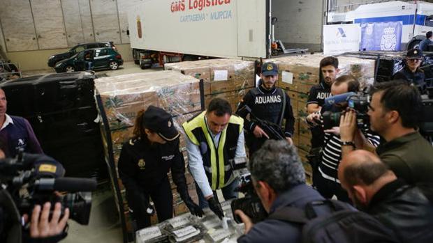 Imagen del último alijo de cocaína en Algeciras, casi nueve toneladas