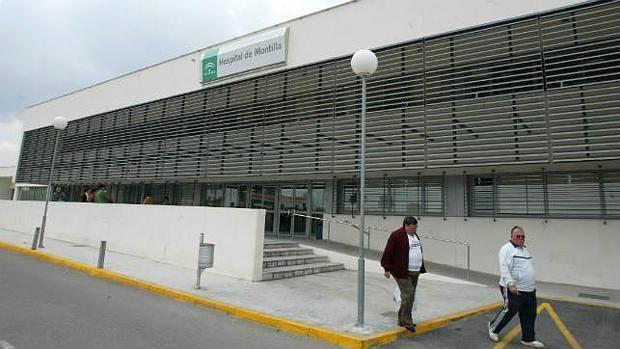 Fachada principal del Hospital de Montilla