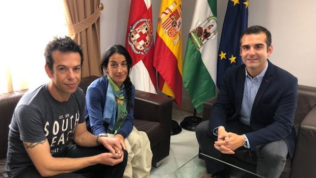 Ángel Cruz, Patricia Ramírez y Ramón Fernández-Pacheco, durante la reunión