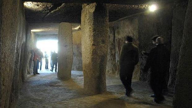 Vista interior de los dólmenes
