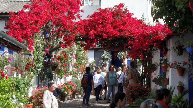 Entrada a la calle Marroquíes
