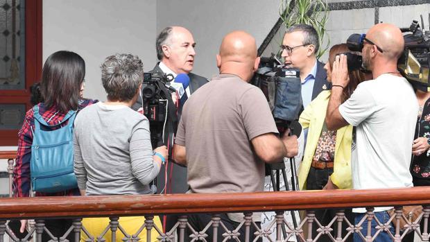 El alcalde de Algeciras, José Ignacio Landaluce, se proncuncia sobre lo ocurrido.