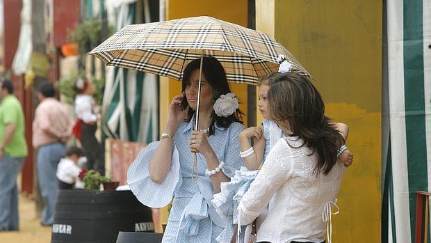 Los paraguas serán necesarios el primer fin de semana de la Feria de Córdoba