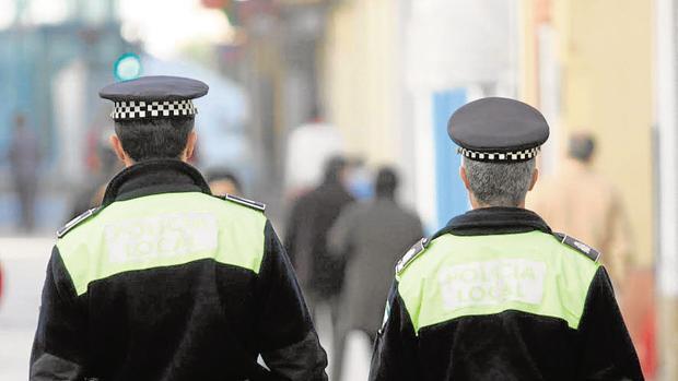 La Policía Local estará presente en distintos puntos del vía Crucis