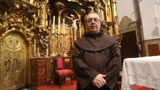 Fray Francisco, en el templo del que ha sido guardián en los últimos meses.