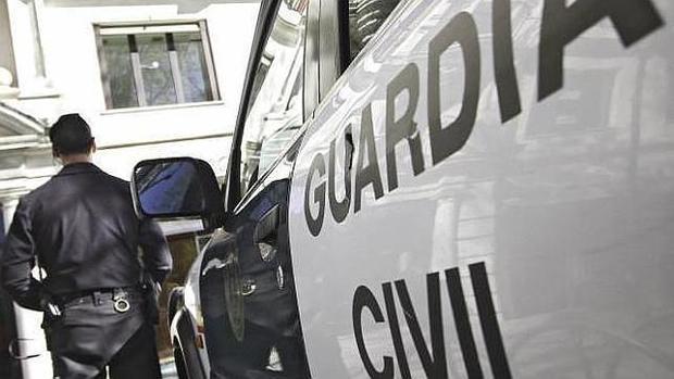 La Guardia Civil detuvo al individuo en un control de vehículos