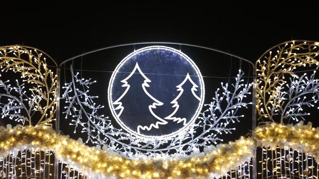 Adornos del nuevo alumbrado navideño