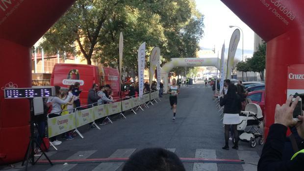 Juan Ignacio Grondona, ganador de la carrera popular de Zoco a Zoco este jueves