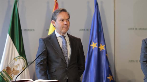 Alberto García Valera en su toma de posesión