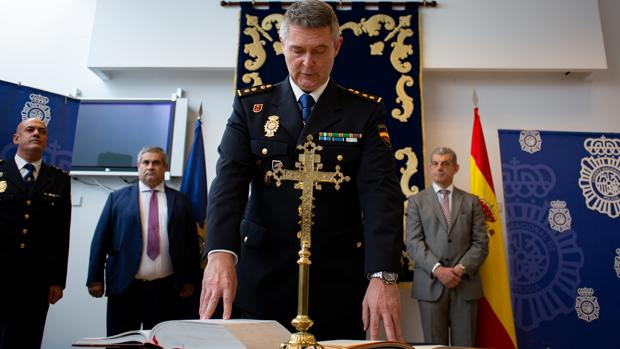 Francisco López Gordo jura su cargo como comisario jefe de Algeciras