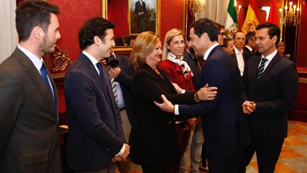 El presidente de la Junta de Andalucía, Juanma Moreno, durante su visita a Granada