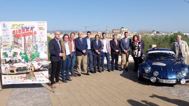 Autoridades, el lunes, durante la presentación del Rallye Sierra Morena