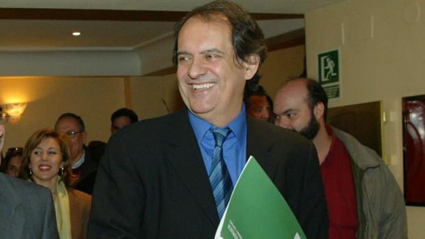 Javier Aroca es uno de los cuatro directivos que ha salido del Centro de Estudios Andaluces