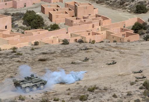 Zona de combate urbanizado en la base militar de Viator en Almería