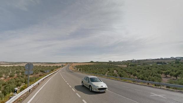Tramo de la carretera A-386 en el término municipal de La Rambla