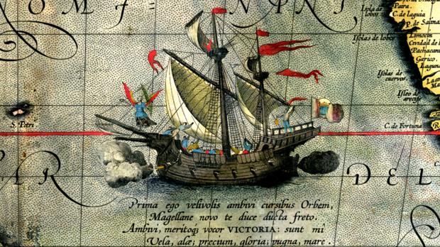 Grabado de la Nao Victoria, la única nave que resistió la primera vuelta al mundo de la expedición española.