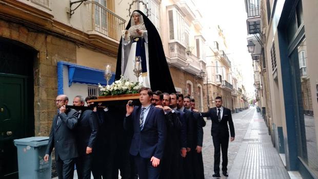 La Virgen de Desamparados, durante el traslado