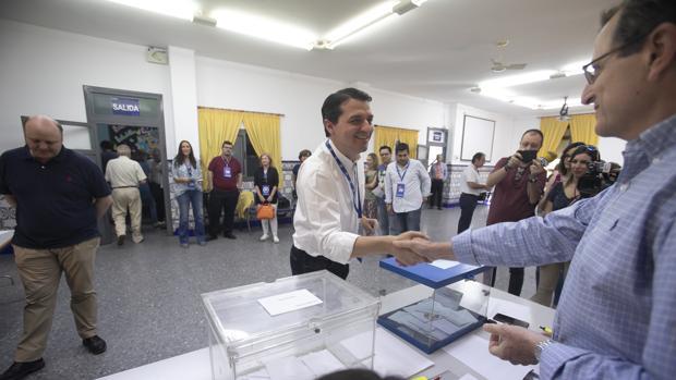 Bellido, en su colegio electoral