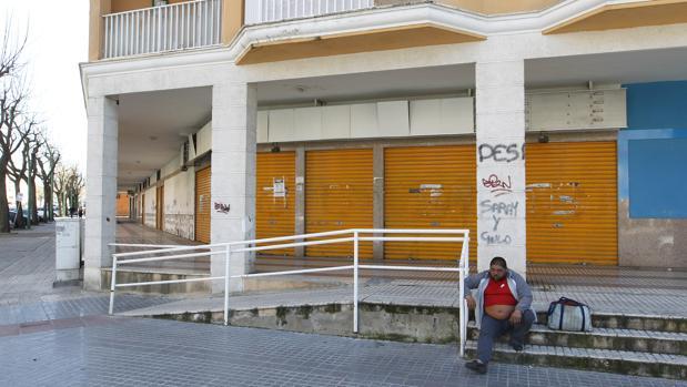 Local abandonado por el que el Ayuntamiento sigue pagando 6.000 euros al mes