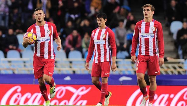 Dos penaltis castigan al Atlético