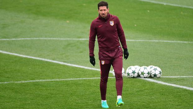 Simeone, en el último entrenamiento antes de recibir al PSV