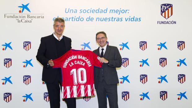 Gil Marín junto a Jaume Giró, director general de la Fundación Bancaria «la Caixa»
