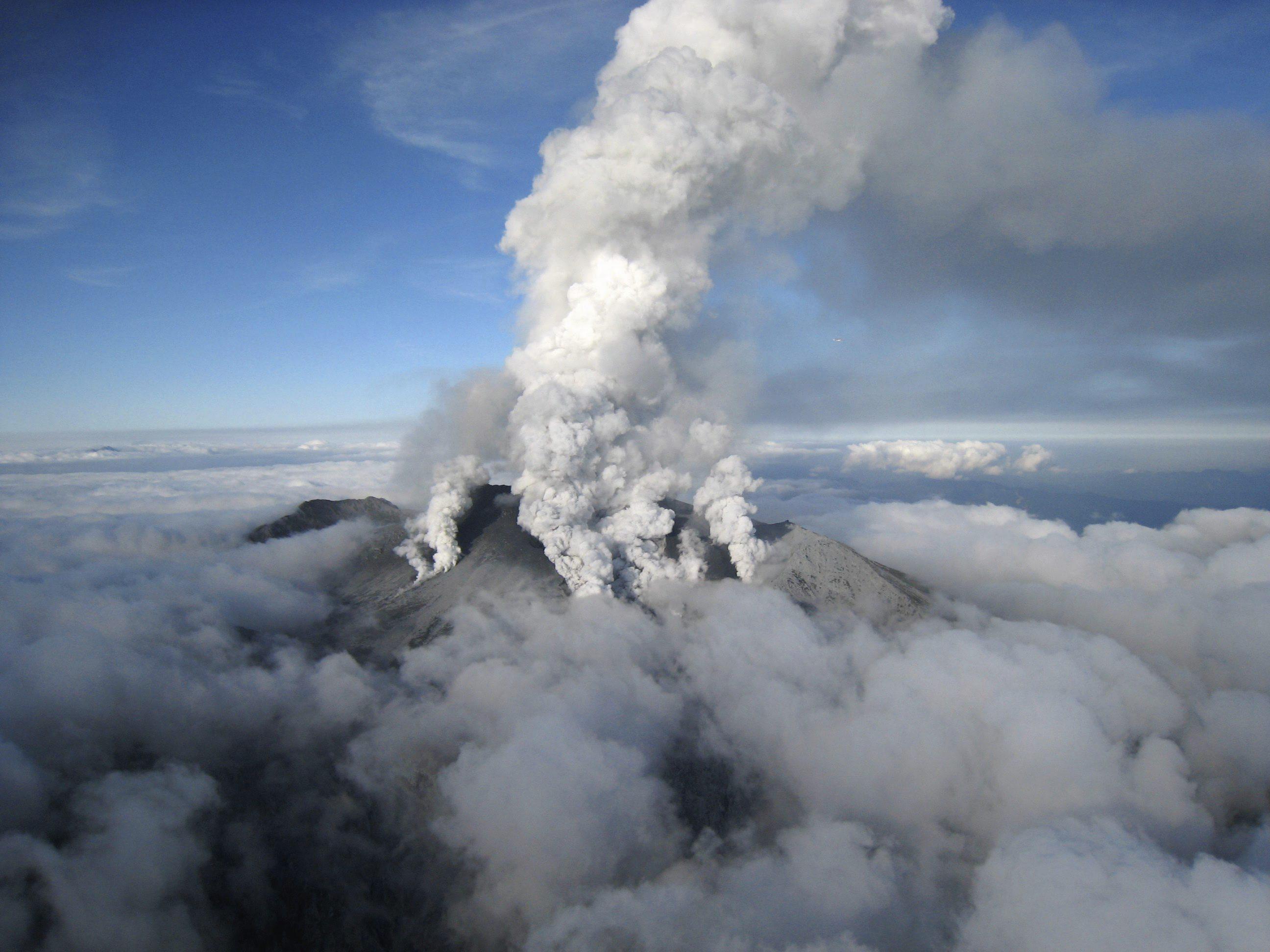 Científicos provocan un mini terremoto con 200 kg de dinamita para estudiar las erupciones