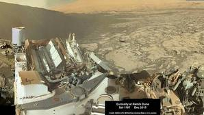 El Curiosity envía el primer «selfie» con su cámara panorámica