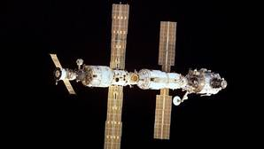 Tres compañías llevarán carga a la estación espacial internacional